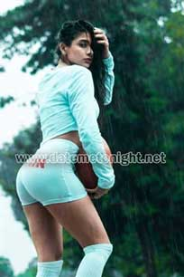 Big Busty escorts in goa